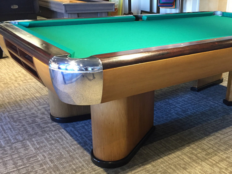 Brunswick Moderne circa 1937-1946 Antique Pool Table Antique Billiard Tables