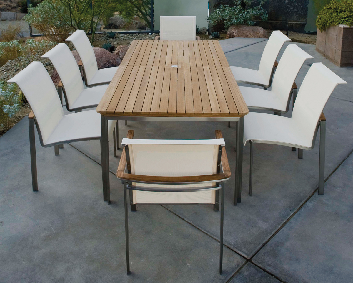 Tivoli Outdoor Dining by Kingsley Bate Dining
